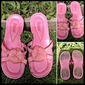 BASS -GENUINE LEATHER UPPER SANDALS 7 🌸 $1 ADD ON